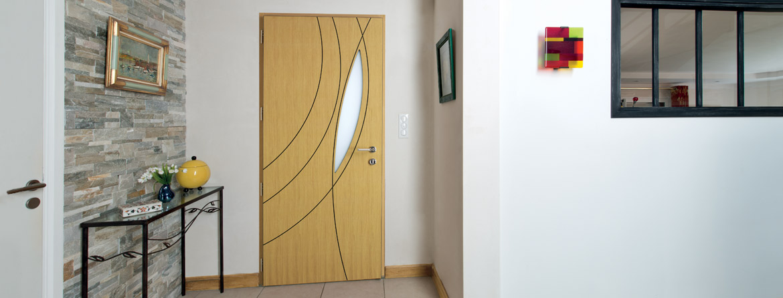 Passion Menuiserie : portes d'entrée ACIEr PVC