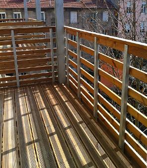 Garde corps pour balcon en pin traité autoclave.